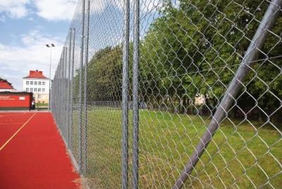 Sporta laukumu iežogojums